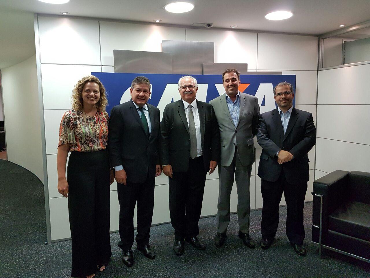 Rogério, Occhi e superintendentes da Caixa