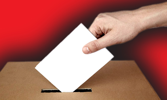 Resultado de imagem para voto na urna