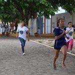 O primeiro contato das alunas com o atletismo foi com a corrida
