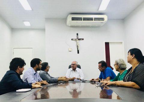 Reunião aconteceu durante a manhã desta quinta-feira (22) no Centro Administrativo Municipal