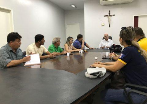 Reunião aconteceu na manhã desta sexta-feira (9), no Centro Administrativo Municipal