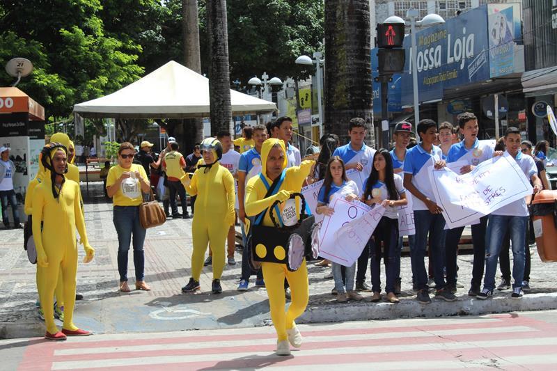 Alunos da rede estadual participaram das ações do Maio Amarelo ano passado. Eles receberam palestras da SMTT sobre Educação no Trânsito. Foto: Genival Silva.