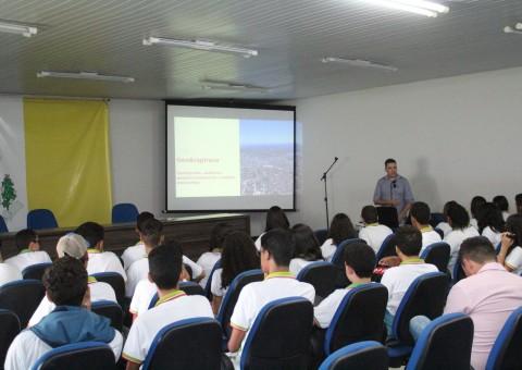 Alunos durante a apresentação do Geoprocessamento de Arapiraca