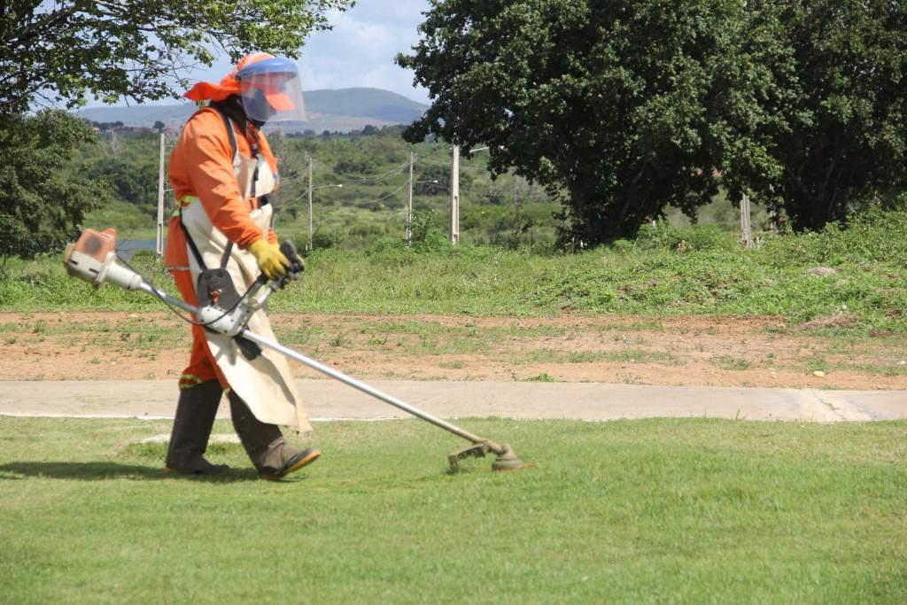 As ações do Programa Arapiraca Cuida de Mim estão sendo realizadas no Lago da Perucaba (Fotos: Samuel Alves)